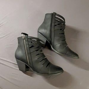 Black Booties 10 Wide
